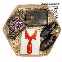 Мило для чоловіка в подарунок набір туфлі, годинник, гаманець, сорочка