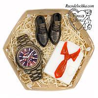 Мило для чоловіка в подарунок набір туфлі, годинник, сорочка