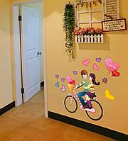 """Интерьерная наклейка на стену """"Пара на велосипеде"""""""