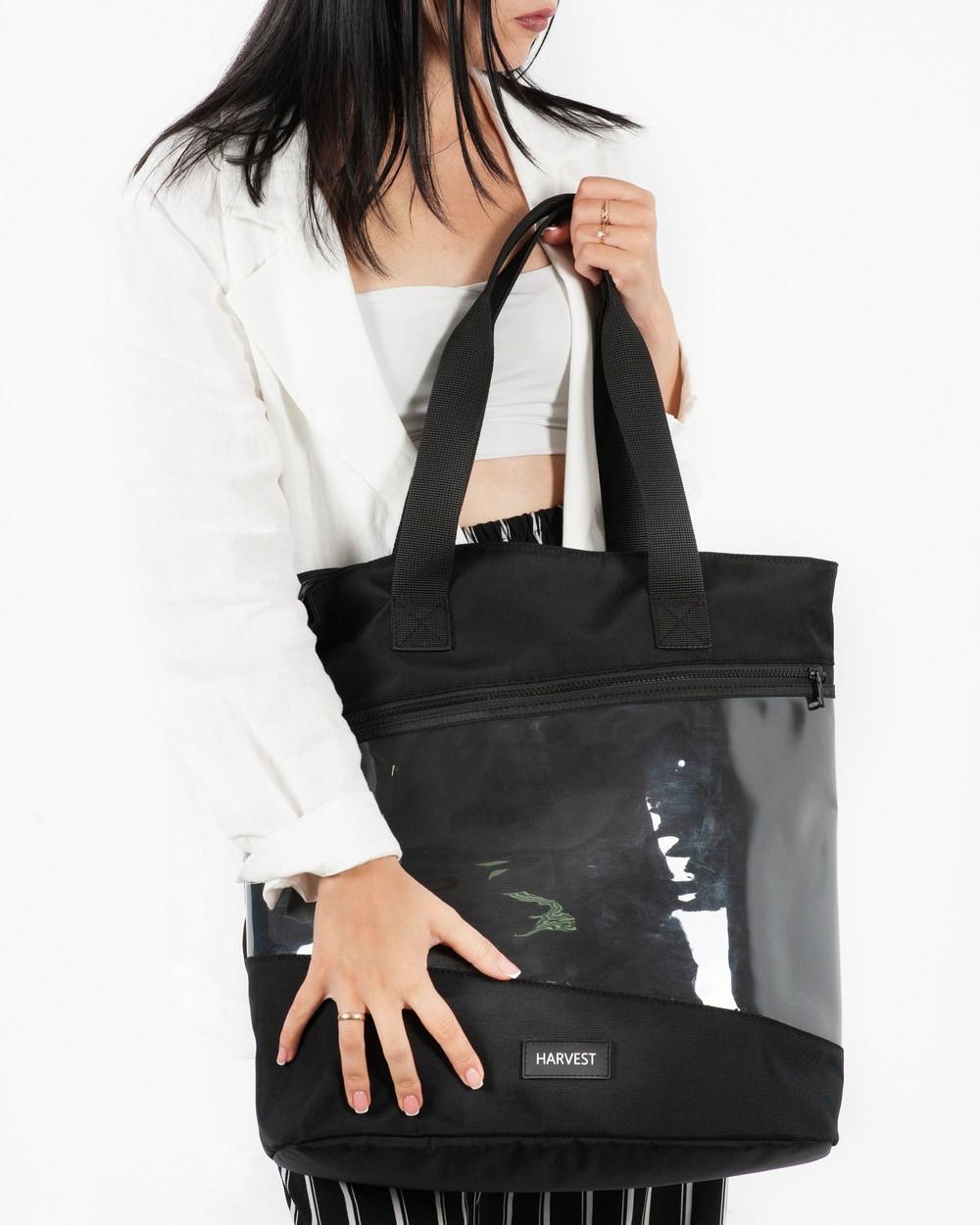 """Женская городская сумка """"training bag large"""" черная , на 24л, водоотталкивающий, повседневная"""