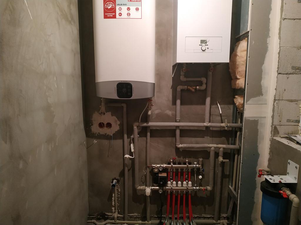 Монтаж системы отопления. Монтаж электро котла с бойлером. Монтаж водяных теплых полов.
