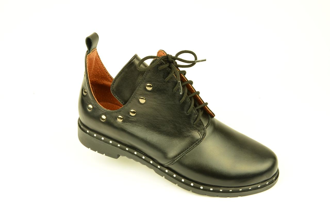 Туфлі дитячі для дівчаток низький хід на шнурках шкіра чорний KARMEN
