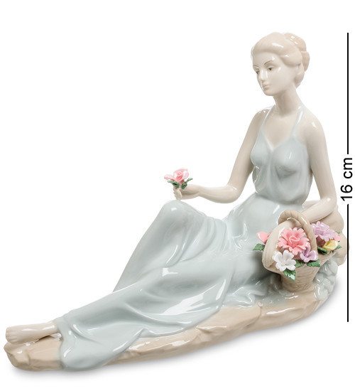 Статуэтка Pavone Нежные чувства 16 см 1106176 фарфор фарфоровая фигурка павоне девушка