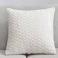 Декоративная плюшевая подушка молочная