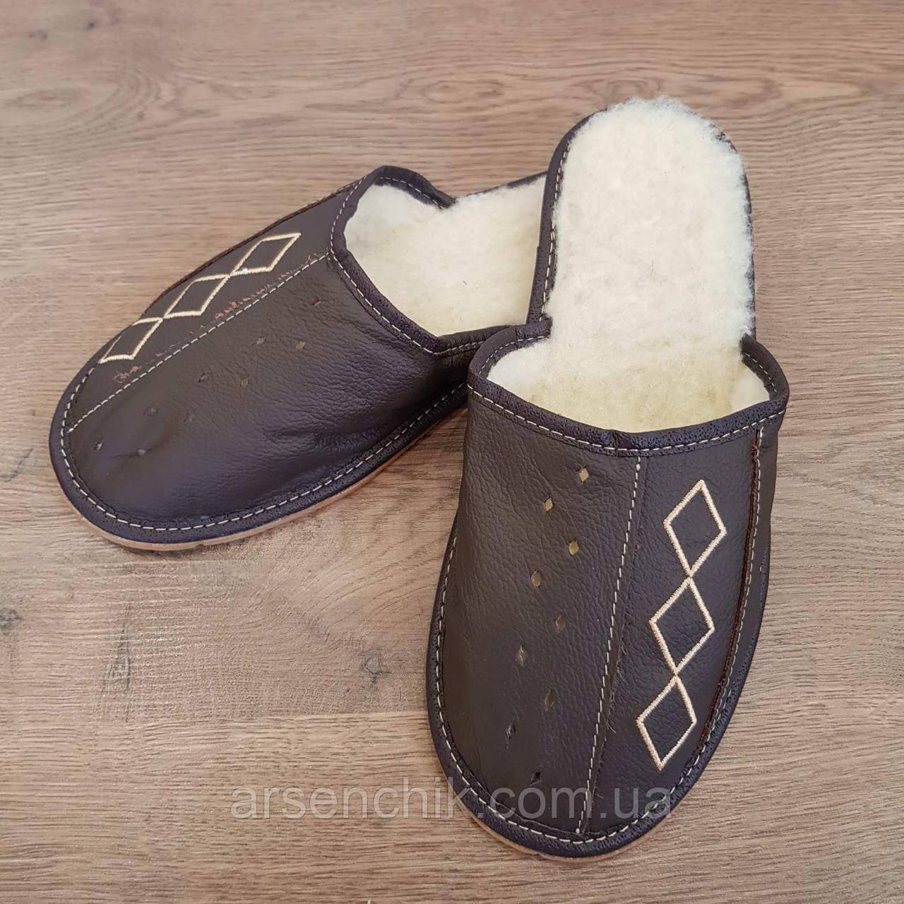 """Домашние кожаные тапочки мужские """"Tylbut"""" на овчине"""