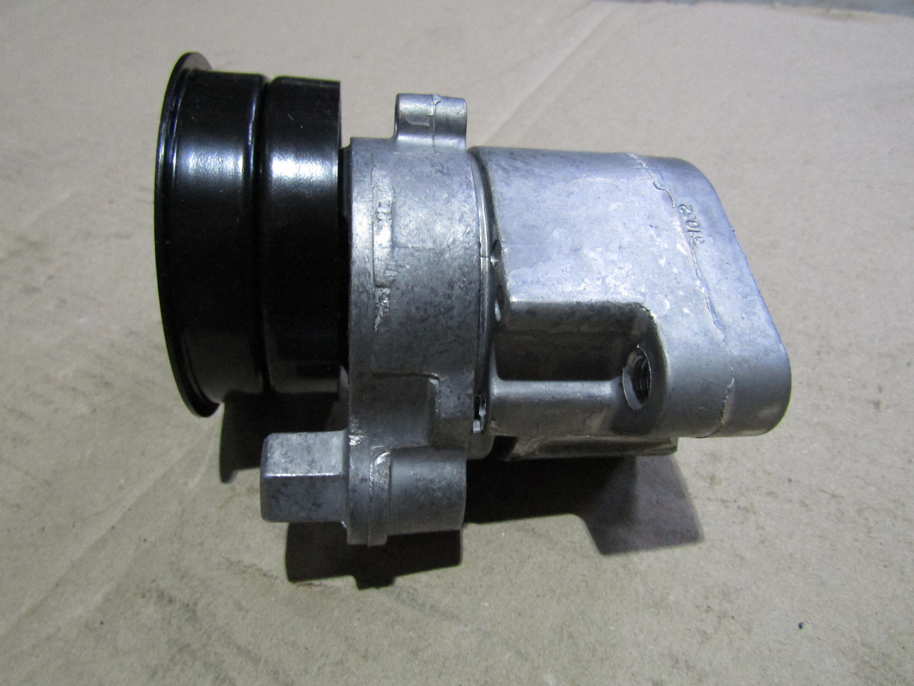 VKMCV 57002Ролик натяжной