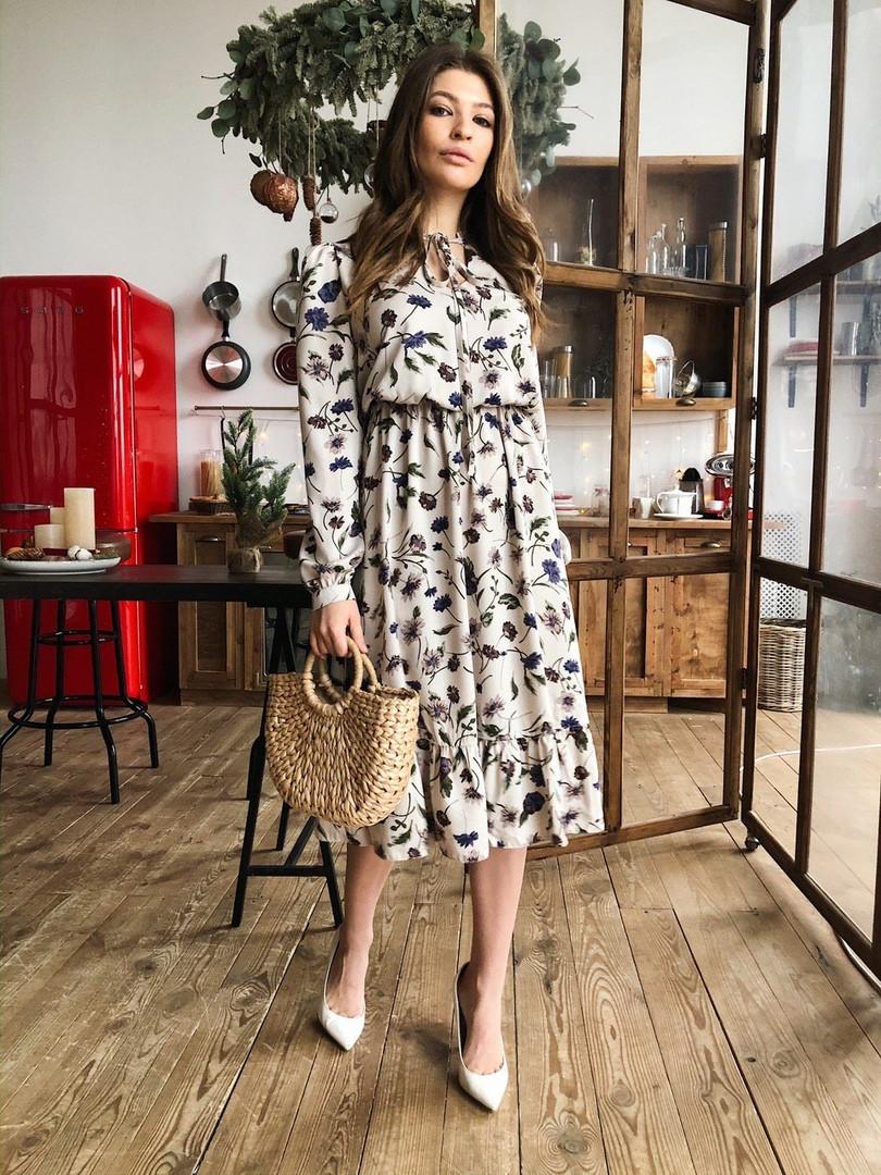 Женское модное платье-миди с цветочным принтом