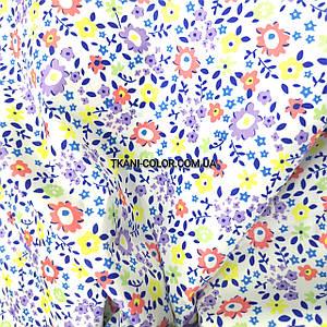Плащова тканина лаку принт квіточки на білому