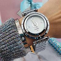 Женские часы на ремешке Пандора