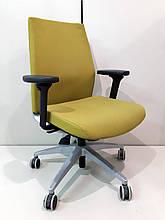 Ортопедичне офісне крісло Viasit