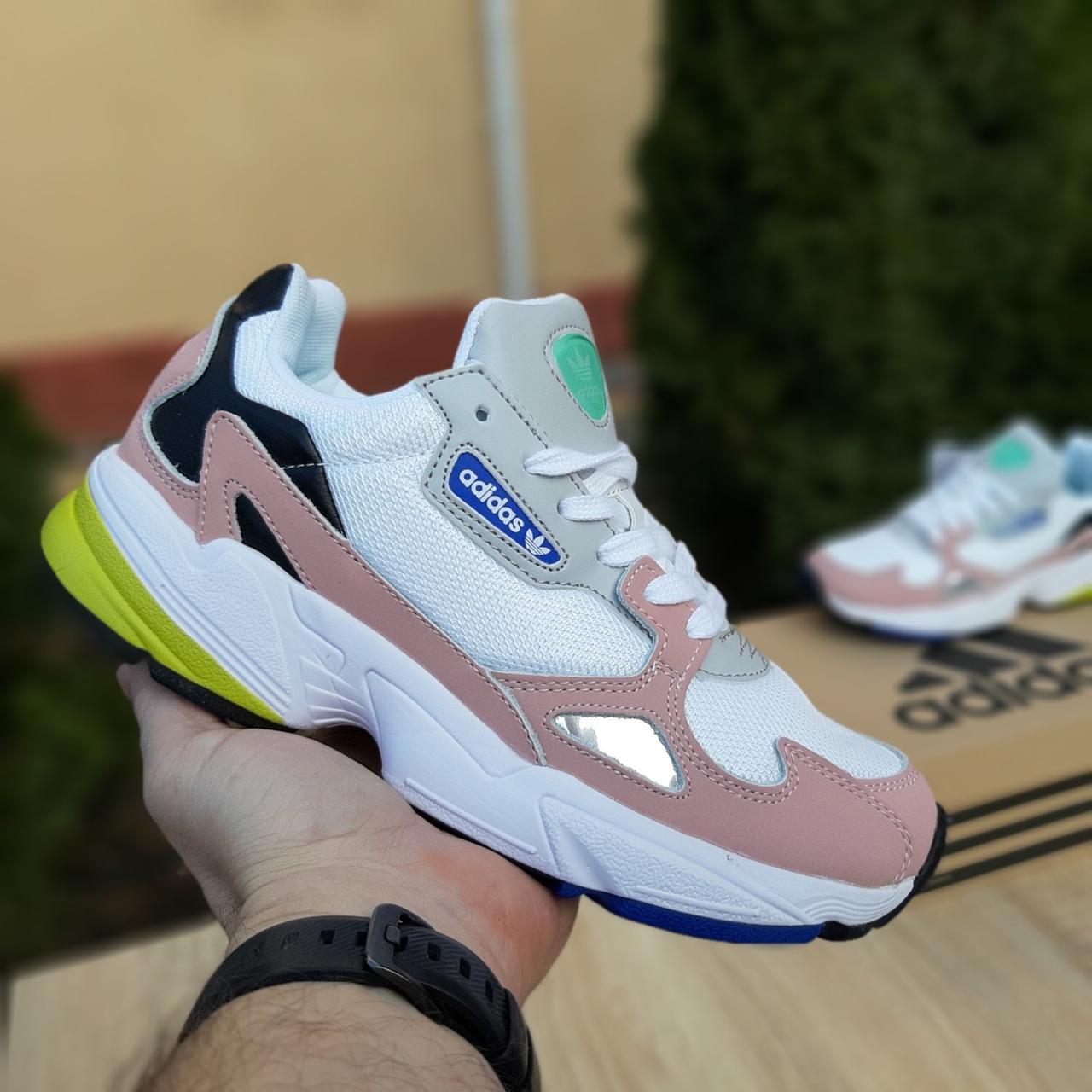 Женские кроссовки в стиле Adidas Falcon