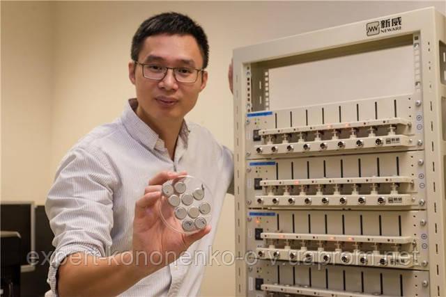 Сингапурские учёные создали аккумулятор, заряжающийся за 2 минуты и служащий 20 лет.