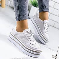 Женские туфли   натуральная кожа на платформе  на шнурках  белые, фото 1