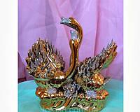 Статуэтка фарфор Лебедь (золото), высота 18 см.