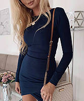 Приталенное женское платье с длинным рукавом