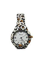 Женские часы  Geneva Wild LВr308 на браслете под керамику.