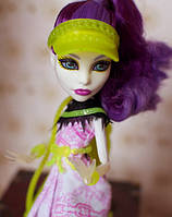 Кукла Monster High Спектра Вондергейст (Spectra) Монстры спорта Монстер Хай Школа монстров