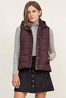 Женская пуховая  жилетка  BURGUNDY A&F HOODED PUFFER VEST Abercrombie & Fitch