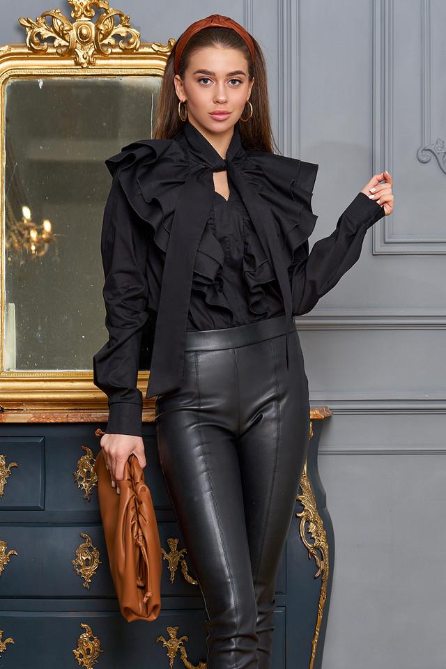 Чёрная рубашка женская с оборками