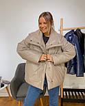Кожаная женская теплая куртка свободная на кнопках с воротником - стойкой vN6776, фото 2