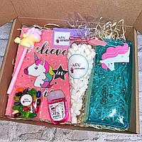Подарочный бокс с красивой канцелярией Wow Boxes «Unicorn»