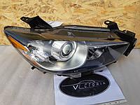 Фара права Mazda CX5 12-15 галоген США вживана