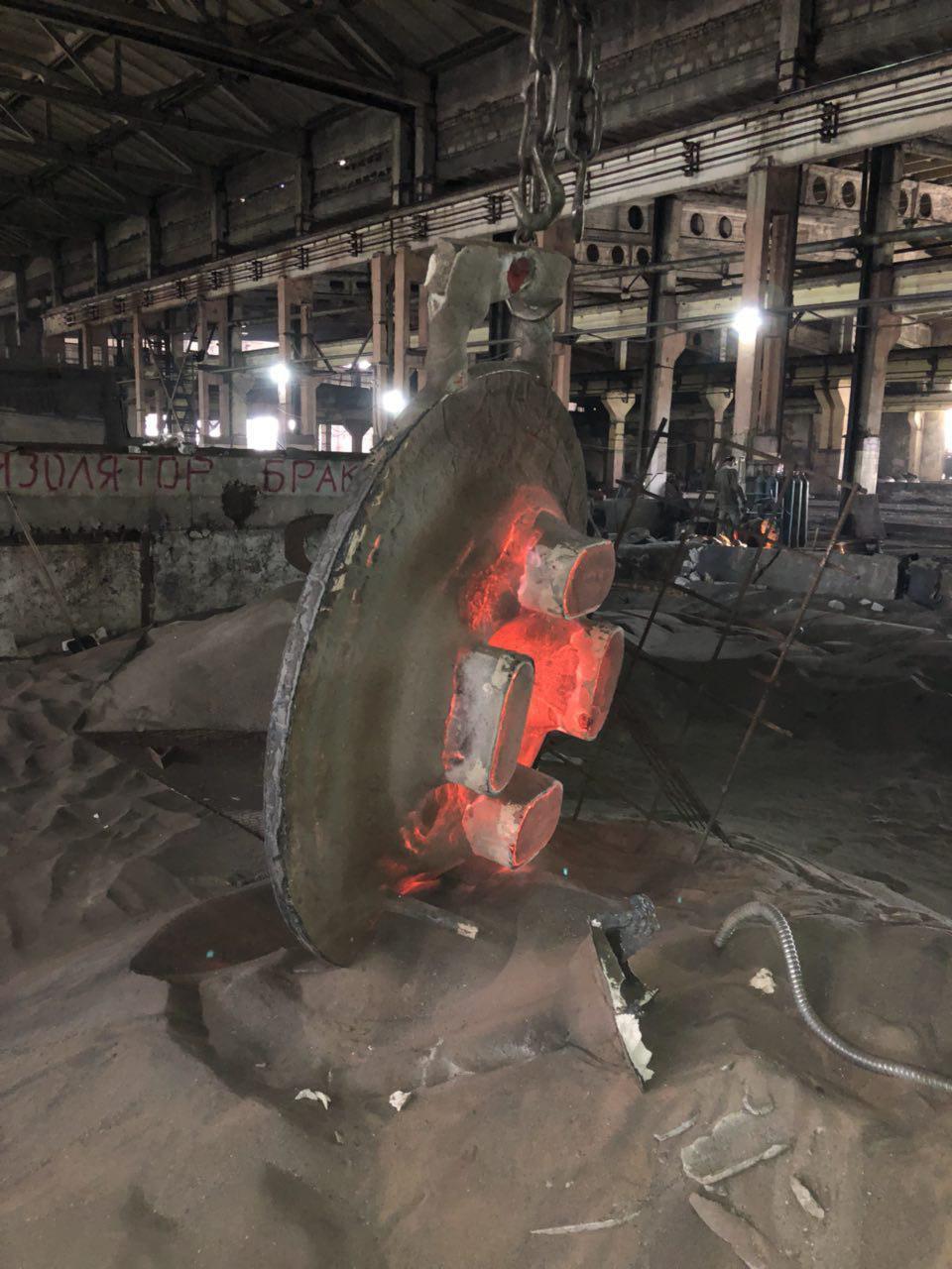 Литье крупных отливок массой до 2т из стали и чугуна