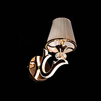 Бра в стиле современной классики на 1 лампочку СветМира с LED подсветкой рожков D-9430/1
