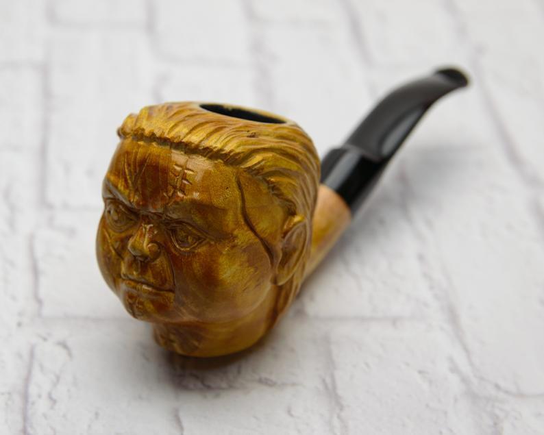 Резная авторская трубка Чакки под фильтр 9 мм из дерева груши