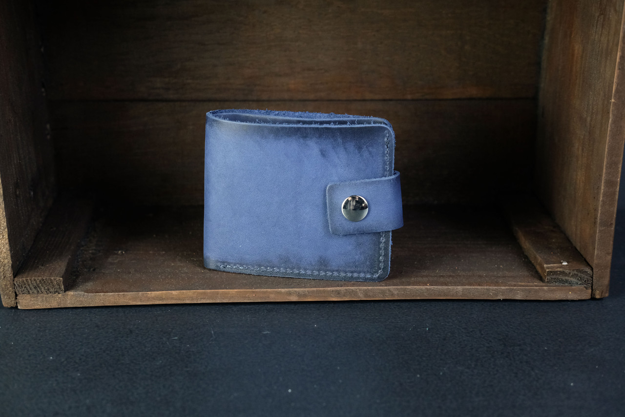 Классическое портмоне с монетницей с застежкой кожа Итальянский Краст цвет Синий