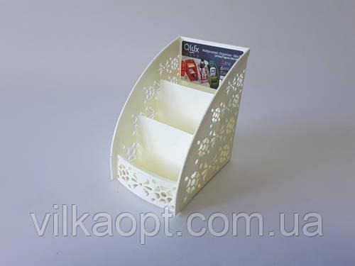 Органайзер пластмассовый на 3-ри отделения 13*8*11,5 cm.