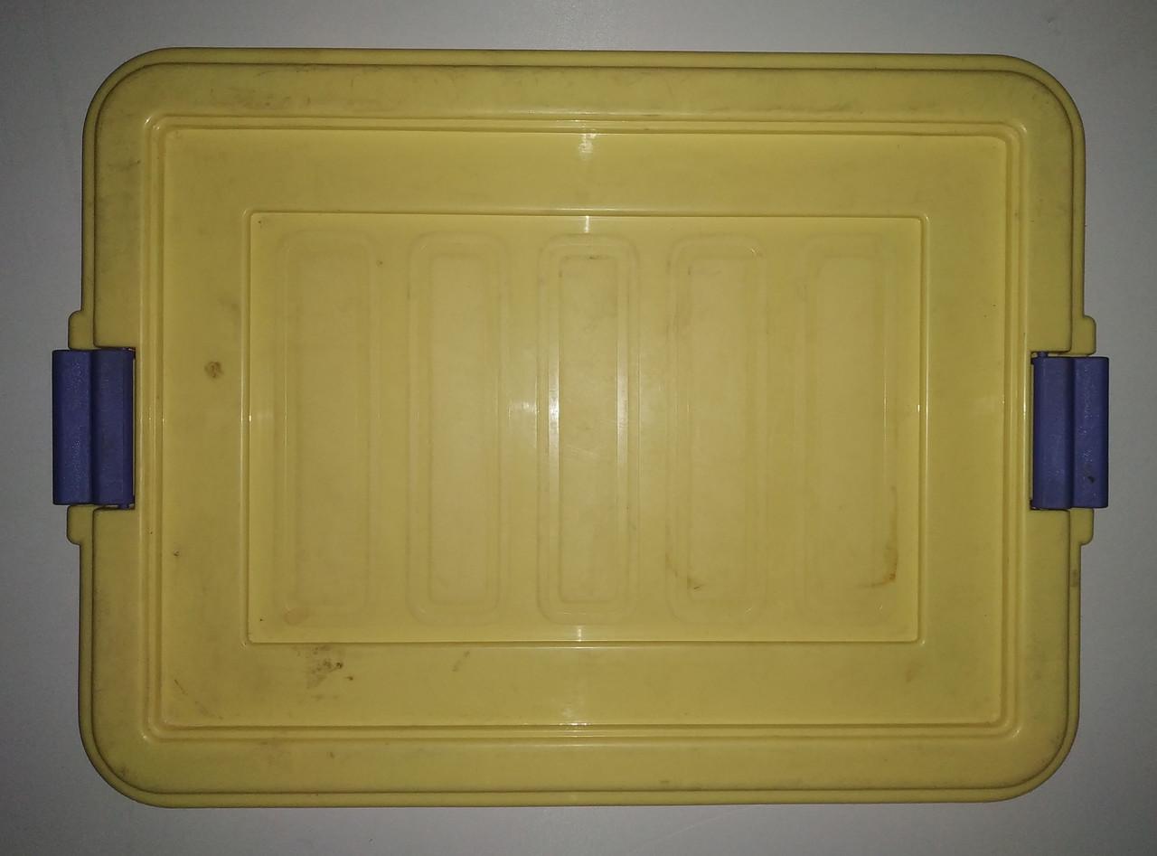 Б/У Пластиковая крышка от контейнера с удобной фиксацией Б/У. 450х350 мм. Крышки для контейнеров