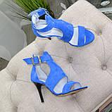 Стильные женские замшевые босоножки на шпильке, цвет электрик, фото 7