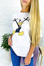 Популярная футболка с Даффи Дак