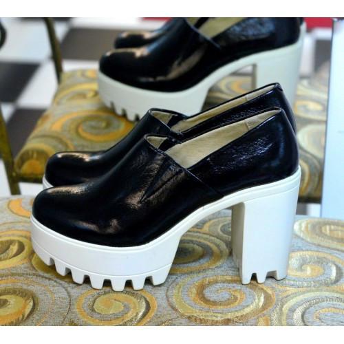 Туфли на тракторной подошве и каблуке