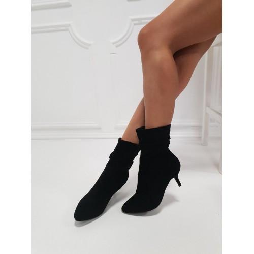 Ботильны Balenciaga на каблуке черные. Аналог