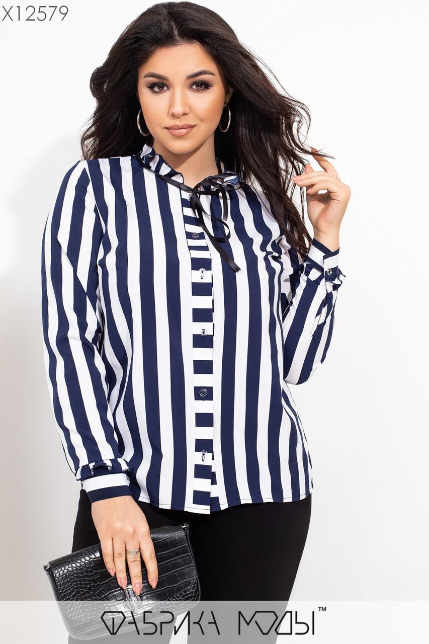Полосатая женская рубашка в больших размерах из софта в вертикальную полоску 115525