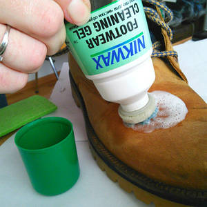 Средства для чистки обуви