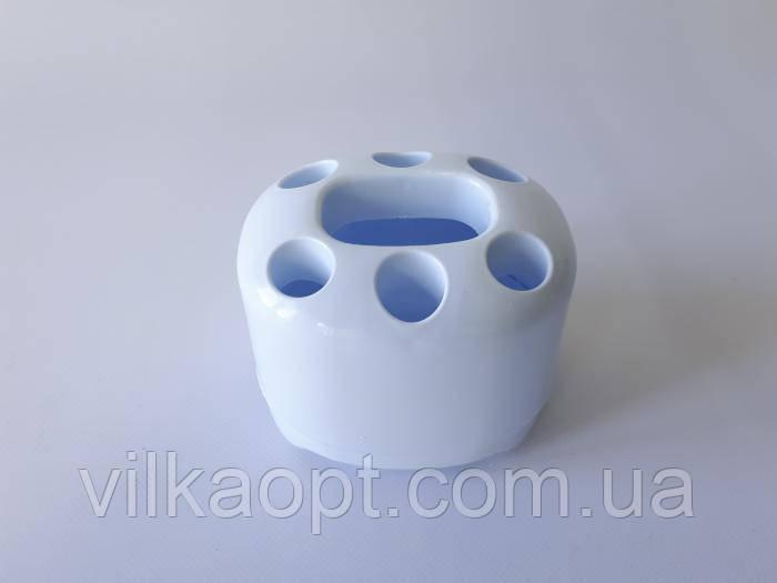 Подставка для зубных щеток и пасты, пластмассовая L-199 12*10 cm, h 10 cm.