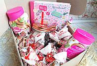 ПОДАРОЧНЫЙ НАБОР - бокс со сладостями для девушки на день рождение.