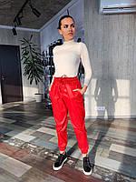 Женский кожаные брюки на резинке с манжетами 16mbl441