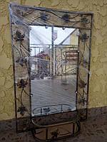 Зеркало в кованой раме малое с полкой