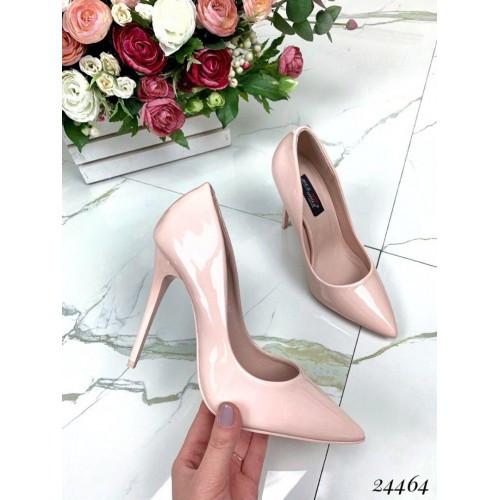Лакированные пудровые туфли лодочки