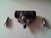 Циліндр гальмівний задній робочий CANTER FE444 (Лівий/Правий) YUHOLI