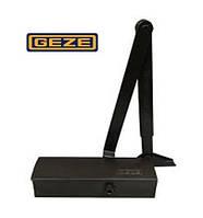 Доводчик дверей Geze TS 1500 коленная тяга с фиксацией (EN 3-4), чёрный.