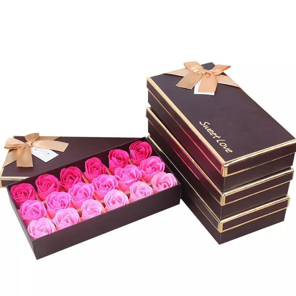 Подарочный набор с розами из мыла Мыло из роз Мыло лепестки роз Подарок девушке Подарки для женщин
