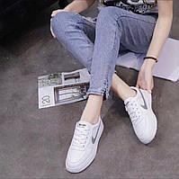 Женские белые кроссовки Nike (реплика) Белые кроссовки женские найк