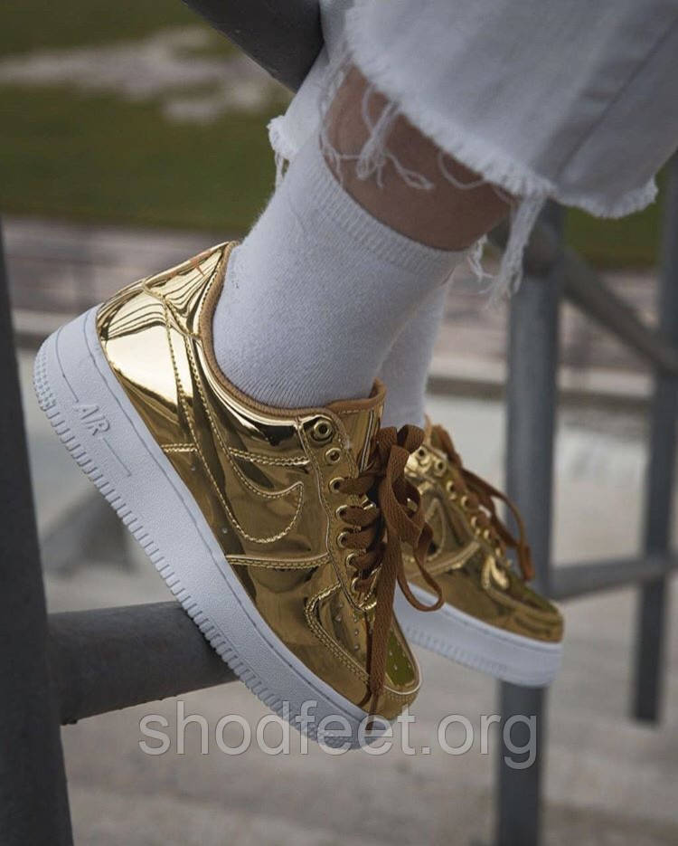 Женские кроссовки Nike Air Force 1 Low Metallic Gold