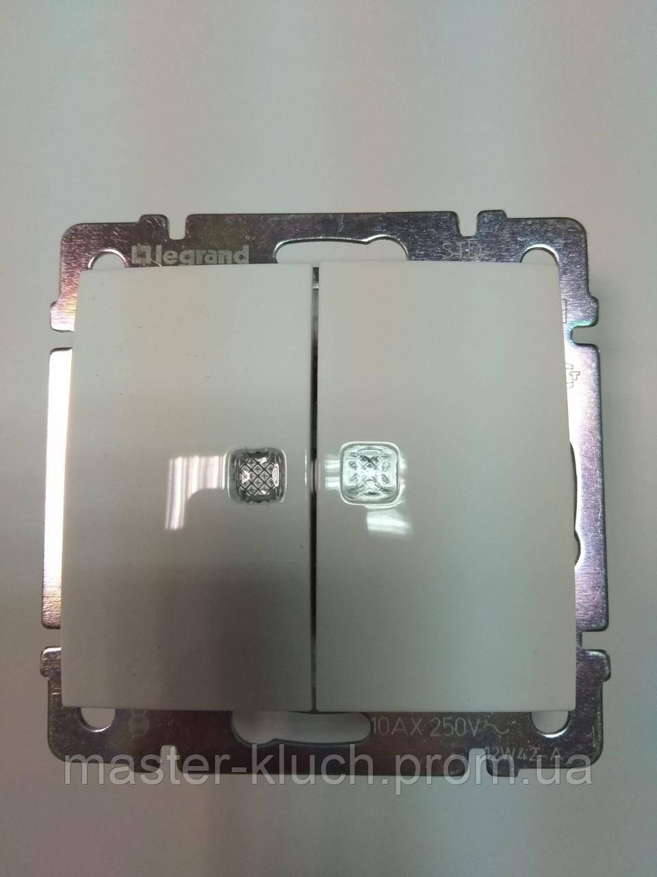 Выключатель двухклавишный с подсветкой Legrand Valena Classic