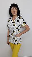 Женский медицинский костюм принт Бантики желтые на белом